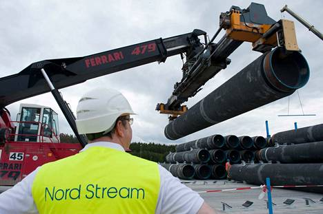 epa07366284 (FILE) - The first spare pipes for the Nord-Stream Baltic Sea pipeline are stored on shore in Lubmin, Germany, 19 June 2012 (reissued 13 February 2019). Reports on 13 February 2019 state the European Union has reached a provisional compromise agreement on more control on the Nord Stream gas pipeline that is currently being built across the Baltic Sea from Russia to Germany.  EPA/STEFAN SAUER  GERMANY OUT  BY: ALL OVER PRESS / EPA-PHOTO CODE: EPAXX8