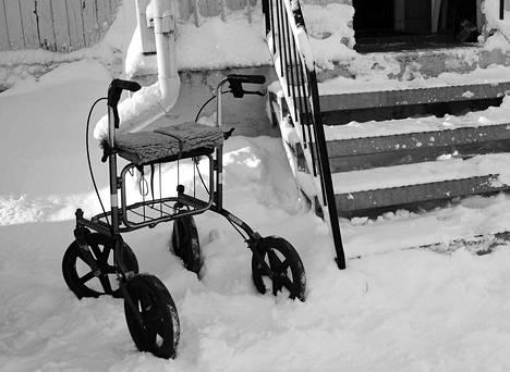 Valvira katsoi, että kuntayhtymän palveluntarpeen arviointi ei ollut asianmukaista tapauksessa, jossa ilman tehostetun palveluasumisen paikkaa jäänyt yksin asuva muistisairas vanhus paleltui kuoliaaksi ulkona.