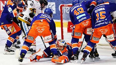 Tappara kamppaili ankarasti maalivahti Christian Heljangon johdolla ja sai palkinnoksi runkosarjan nelospaikan.