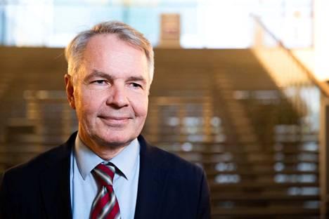 Ulko- ja turvallisuuspoliittisen selonteon esitteli ulkoministeri Pekka Haavisto.