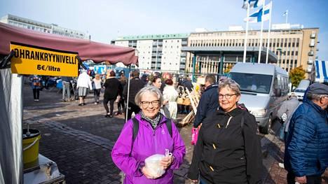 Liisa Santala ja Pirjo Aho kävivät velliostoksilla viime vuoden Porin päivässä.