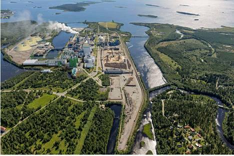 Havainnekuva Metsä Groupin Kemin tehtaasta.