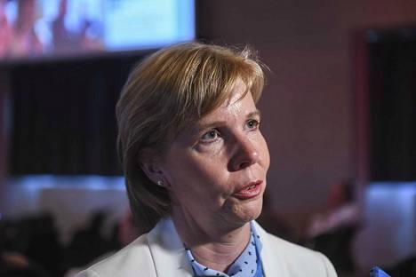 Rkp:n puheenjohtajan Anna-Maja Henrikssonin mukaan Vaasan keskussairaala voidaan lisätä laajan päivystyksen sairaaloihin nopeallakin aikataululla.