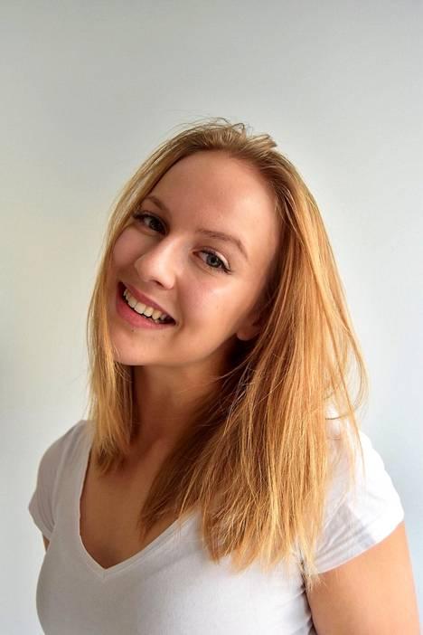 Sandra Vapalahti, 19 vuotta, 160 cm, Tampere.