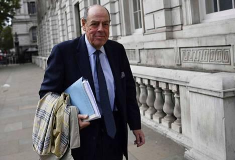 – Se oli onnenkauppaa. Tiesin mitä tein, kommentoi konservatiivipuolueesta erotettu Nicholas Soames myöhään tiistai-iltana.