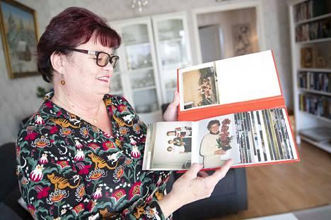 Esteri Nieminen muistutti ulkonäöltään paljon tytärtään Tuire Tissaria. Heillä oli myös samanlainen huumorintaju.