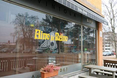 Ravintola Aino ja Reino on palvellut asiakkaita Sotkanvirran kiinteistössä Maununkatu 9:ssä reilut kaksikymmentä vuotta.