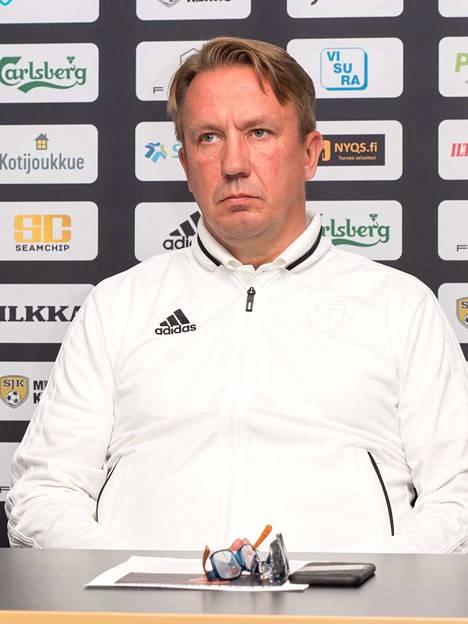 SJK:n Raimo Sarajärvi pettyi kauden päättymiseen.