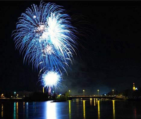 Porin kaupunki järjestää perinteisesti uudenvuoden ilotulituksen.