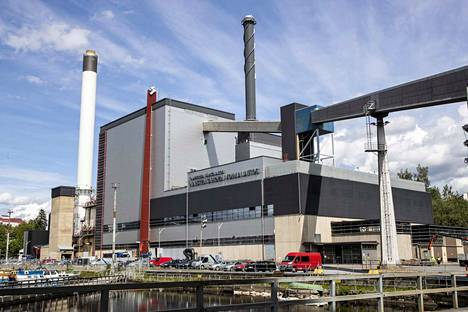 Tampereen sähkölaitoksen energiatuotannossa käyttämistä polttoaineista maakaasun osuus oli viime vuonna 27 prosenttia, puun ja hakkeen 25 prosenttia ja turpeen 20 prosenttia.