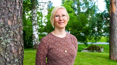 Valkeakosken kaupungin johtava ylilääkäri Riikka Luoto kertoo, että ostopalvelulääkäriä on ollut vaikea löytää kaupungin lääkäripulan helpottamiseksi.