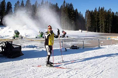 Roberto Röyskö hiihtää paljon. Hän kiittelee sitä, että Kaupin latu on pidetty kunnossa vaikeista olosuhteista huolimatta.