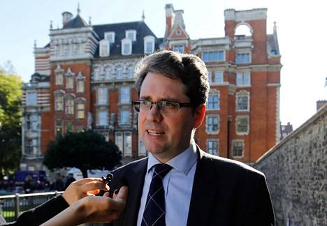 Eliot Higgins kuvattuna Lontoossa lokakuussa 2018. Ryhmä tutki tuolloin Sergei Skripalin myrkyttämistä.