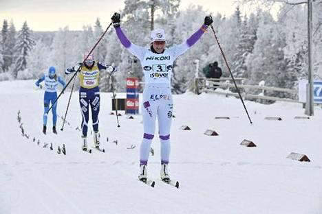 Katri Lylynperä juhli SM-kultaa viime viikonloppuna. Nyt edessä ovat MM-kisat.