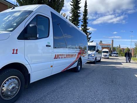 Koulukuljetussoppaa on hämmennetty Sastamalassa nyt elokuun alkupuolta asti. Nyt sivistyslautakunta päätyi irtisanomaan sopimukset Tuomi Logistiikan kanssa.