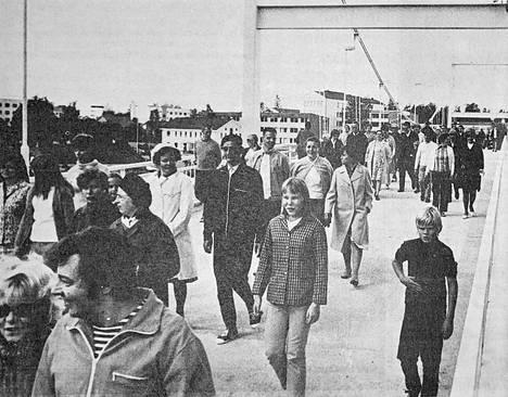 Vuonna 1971 Putaan sillan avajaistempaukseen osallistui liki 500 henkeä.