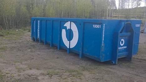 Metallinkeräyslavalle voi viedä kaikki kodin metalliromut. Keräyksen tuotto menee Juupajoen nuorten hyväksi.