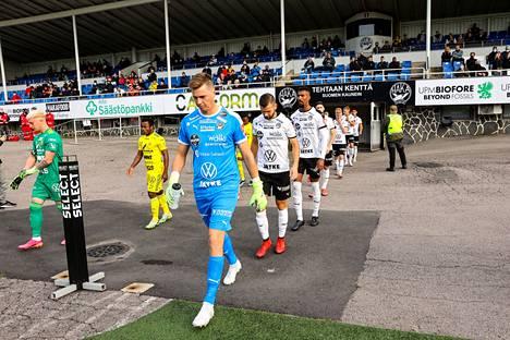 FC Haka ja Ilves saapuivat Valkeakosken Tehtaan kentälle lauantaina.