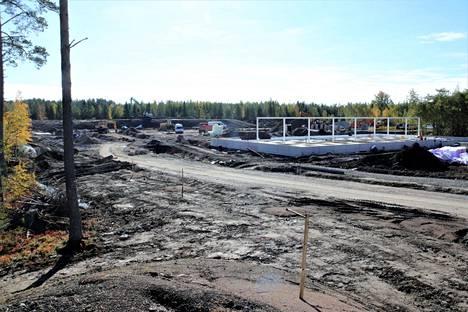 Kauppaa rakennetaan, ja sen on määrä olla valmis ennen ensi kesän asuntomessuja.