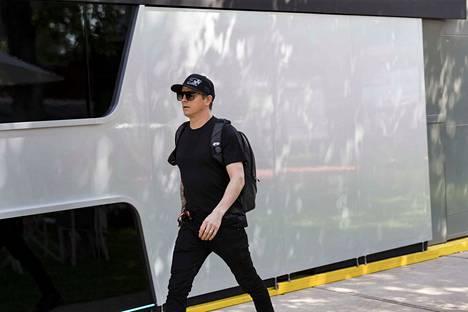 Kimi Räikkönen oli jo lähtenyt kotimatkalle ennen Australian GP:n perumisen virallista vahvistusta.