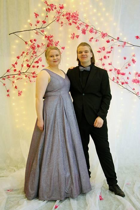 Veera Leinonen ja Paavo Kajander.