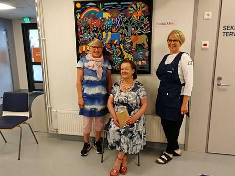 Kuvassa vasemmalta Tiina Tunturi, Marja-Liisa Lounala ja Hanna Gustafsson.