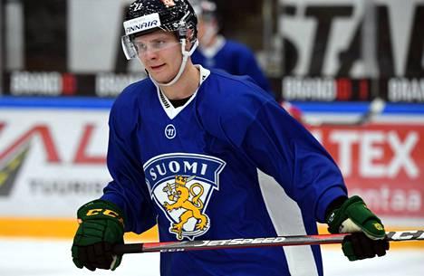 NHL-seura Buffalo Sabresin tulokashyökkääjä Arttu Ruotsalainen osallistuu ensimmäistä kertaa aikuisten MM-kisoihin.
