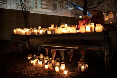 Helsingin Koskelassa tapahtunut epäilty nuoren murha on herättänyt keskustelua kiusaamisesta ja väkivallasta. Nuoren tai lapsen toiseen kohdistama vakava väkivalta voi olla merkki käytöshäiriöstä.