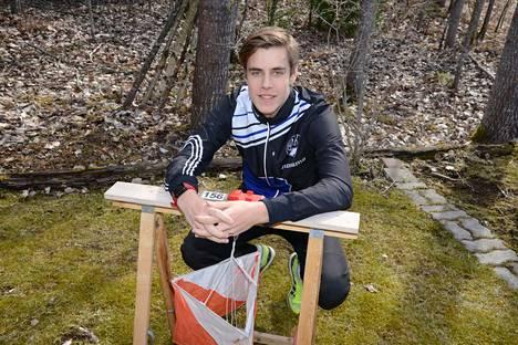 Hakan palkitsema vuoden 2019 Nuori urheilija Seeti Salonen tsemppaa niin hiihtosuunnistuksessa, ampumahiihdossa, kesärasteilla kuin lukiossakin. Hyvää kevättä!