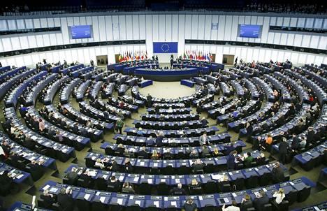 Kirjoittajan mukaan EU:n tulisi keskittyä nykyistä pontevammin sisämarkkinoiden kehittämiseen.