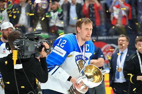 """Marko Anttilan mielestä """"Poika"""" on hyvä nimi MM-pokaalille."""