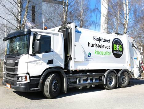 Pirkanmaan Jätehuolto pyrkii lisäämään nolla- ja vähäpäästöisten ajoneuvojen osuutta. Kaasuautojen biokaasu tulee Koukkujärvelle valmistuneesta biolaitoksesta, Biomyllystä.