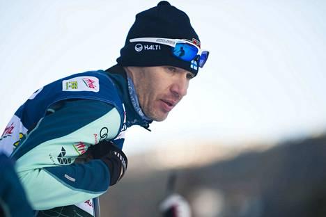 Teemu Pasanen on entinen SM-kisatason hiihtäjä.