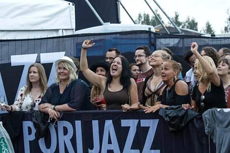 Viime kesänä Pori Jazzissa jammailtiin muun muassa Alanis Morissetten tahdissa.