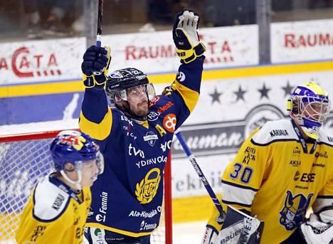 Toni Koivisto vastasi voittomaalista.