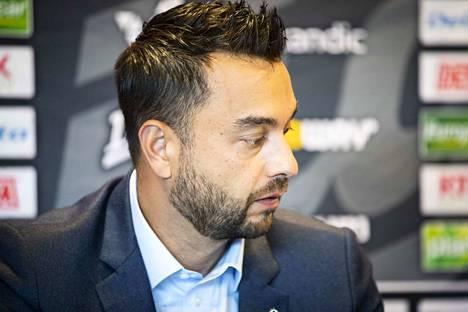 HC Ässät Pori Oy:n toimitusjohtaja Mikael Lehtinen iloitsee siitä, että Ässät pääsee hiljalleen takaisin arkeen.