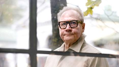 Jari Tervo on ollut pitkään Suomen tunnetuimpia kirjailijoita. Esikoisromaani Pohjan Hovi ilmestyi vuonna 1992, mitä ennen Tervo oli jo debytoinut runoilijana. Tervo kuvattiin Helsingissä 18. syyskuuta.