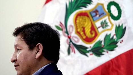 Perun pääministeri Guido Bellido jätti tehtävänsä vain runsaan parin kuukauden jälkeen. Bellido kuvattuna 7. elokuuta 2021.