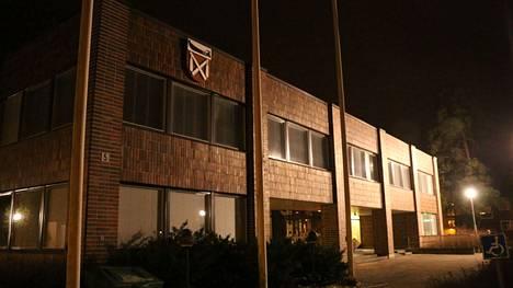 Keuruun kaupunginvaltuusto äänesti maanantai-iltana siitä, päätetäänkö kaupungin kanta sairaanhoitopiirin potilastietojärjestelmän hankintaan nyt vai otetaanko kannanmuodostukseen aikalisä.
