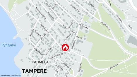 Pelastuslaitos sai hälytyksen rakennuspalosta Tampereen Tahmelankadulle torstai-iltana.