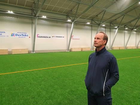 Valkeakosken Palloiluhalli Oy:n toimitusjohtaja Timo Kukkonen uskoo, että rakennuksen kiinteistövero oikaistaan. Hän toivoo, että marraskuusta lähtien hienon hallin vuorot ovat täynnä.
