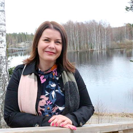 –Asuminen täällä on edullista ja elämä laadukasta. Etätyön yleistyessä ihmiset alkavat pohtia, voisivatko työskennellä sieltä, missä oikeasti haluavat elää, sanoo Keuruun vastavalittu kaupunginjohtaja Noora Pajari.