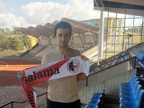 Juho Montola on monivuotinen nuorten maajoukkuepelaaja.