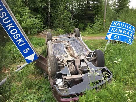 Päihtyneet kuljettajat aiheuttivat 280 kuolemaan johtanutta moottoriajoneuvo-onnettomuutta vuosina 2014–2018.