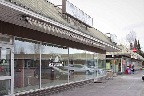 Kokemäen Liikekeskus Oy on lunastanut viime syksynä lopettaneen Salkkarin liiketilan.
