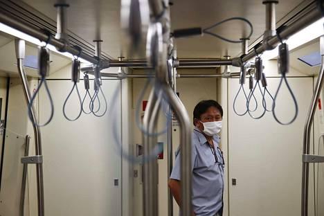 Japanissa on todettu jo lähes 200 koronavirustartuntaa. Lisäksi Jokohamassa eristettynä olevalla risteilijällä on yli 700 tartuntaa.