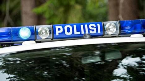 Poliisi pysäytti nuoren miehen moottoritiellä.