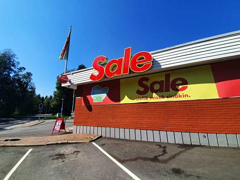 Ampumavälikohtaus sattui tiistaina Valkeakosken Salomaantiellä Salen pihalla.