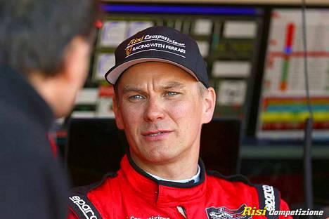 Toni Vilanderin autokunta sijoittui Le Mansin 24 tunnin kilpailussa omassa luokassaan neljänneksi.
