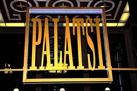Sketsiteatteri Palatsin lavalle nousee 12. lokakuuta AC/DC-yhtyeen alkuperäinen laulusolisti Dave Evans.